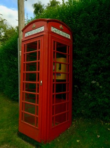 Holwell village K6 defibrillator