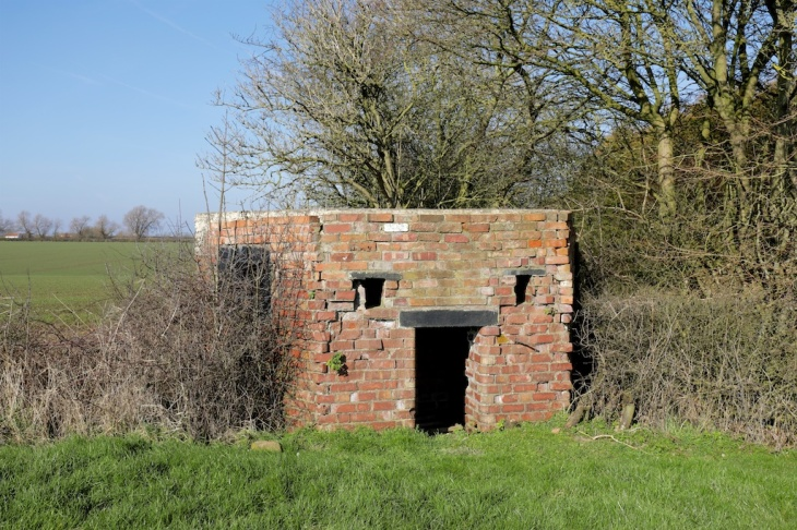 Assets - WW2 pillbox Holwell
